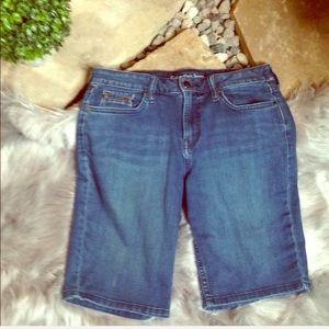 Calvin Klein long shorts size 6 city shorts